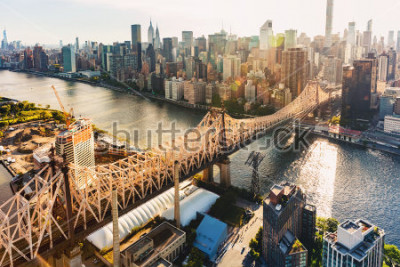 Fototapeta Aerial view of the Ed Koch Queensboro Bridge over the East River in New York City