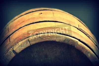 Fototapeta Archiwalne zdjęcie starej drewnianej beczce
