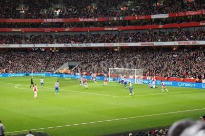 Fototapeta Arsenal wygrywając 1-0 przeciwko Parku Królowej rangers