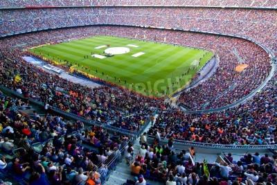 Fototapeta BARCELONA, Hiszpania - 13 maja 2011: Niezidentyfikowane FC Barcelona kibice świętują zwycięstwo hiszpańskiego Championship League w stadionu Camp Nou.