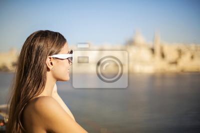 Fototapeta Beautiful woman enjoying the landscape