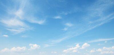 Fototapeta białe chmury na niebieskim niebie