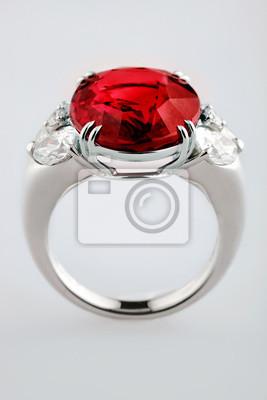 Białe Złoto Lub Srebro Pierścień Z Czerwonym Rubinem Kamień