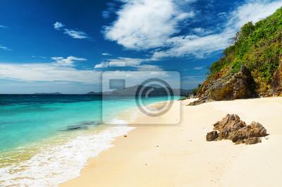 Fototapeta Biały piasek plaży. Malcapuya Islandia, Filipiny