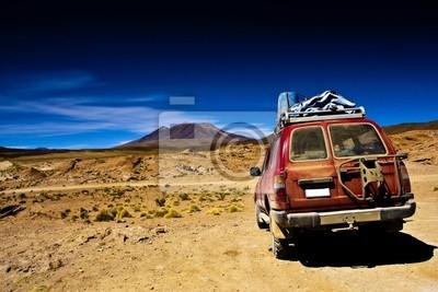 Boliwia, dramatyczny krajobraz, pustynia, jeep i górskich