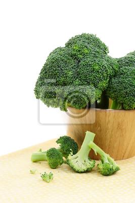 Fototapeta Brokuły w drewnianej misce