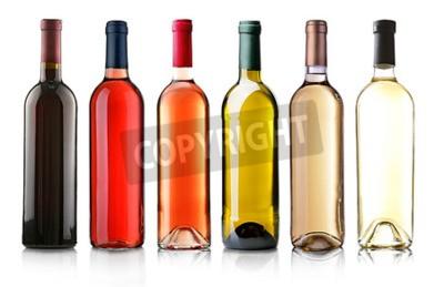 Fototapeta butelek wina w wierszu samodzielnie na białym tle