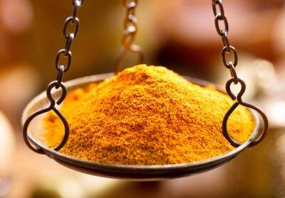 Fototapeta curry przyprawy wagach miski