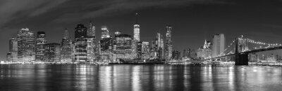 Fototapeta Czarno-biała Nowy Jork nocą panoramiczny obraz, USA.