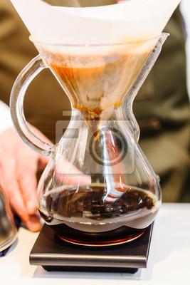 Fototapeta Dokonywanie parzonej kawy z filtrem parze stylu kroplówki
