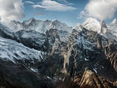 Fototapeta Dombai. Sceneria Rockies w regionie Kaukazu w Rosji