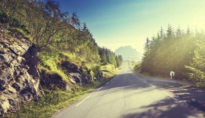 Fototapeta Droga w górach, Lofoty, Norwegia