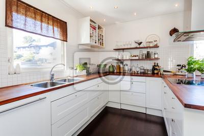 Fototapeta Fantazyjna Kuchnia Z Ciemną Drewnianą Podłogą Umywalka Przy