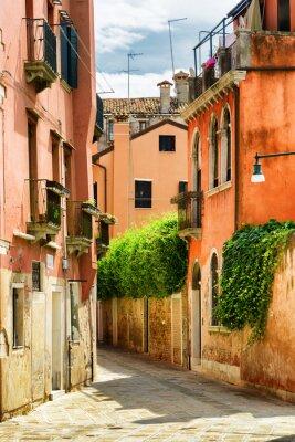 Fototapeta Fasady starych domów na Calle Gradisca Cannaregio w Wenecji