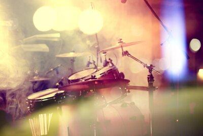 Fototapeta Fondo de la Música en vivo. Bateria sobre el escenario.Concierto.