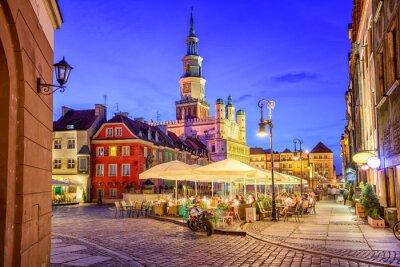 Fototapeta Główny plac starego miasta Poznaniu w dniu letniego ev