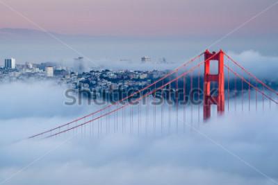 Fototapeta Golden Gate at dawn dostępne mgłą