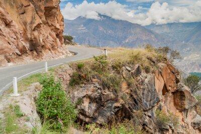 Fototapeta Górskie drogi między Balsas i Leimebamba, Peru.