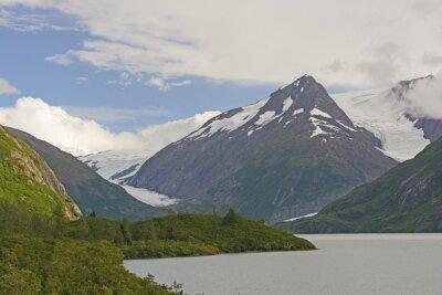 Fototapeta Góry i lodowce w odległej dolinie