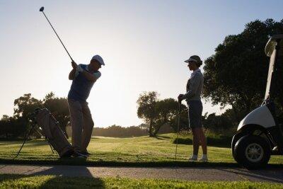 Fototapeta Gra w golfa para tee off na dzień