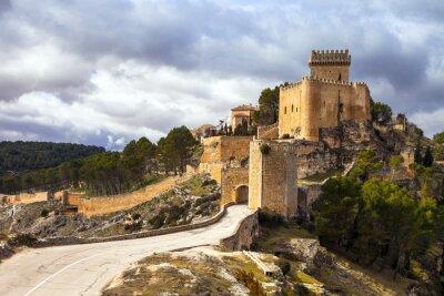 Fototapeta imponujący średniowieczny zamek Alarcon, Hiszpania