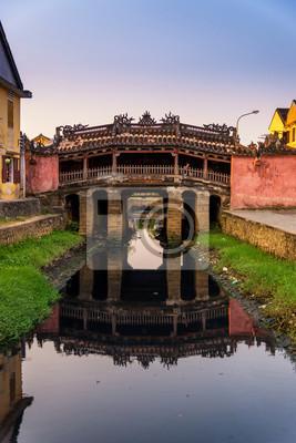Fototapeta Japoński mostek w Hoi starożytnego miasta