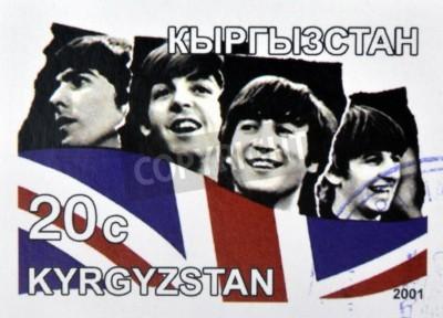 Fototapeta KIRZIGUISTAN - OKOŁO 2001: Stempel drukowane w Kirziguistan pokazuje Beatles, circa 2001