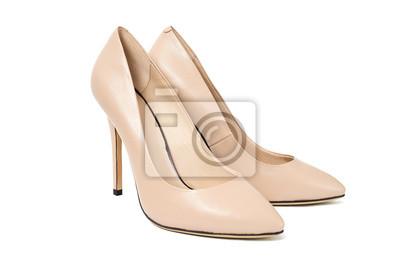 26d1fda4c7059 Fototapeta Kobieta mody beżowe buty wysokie obcasy na białym tle izolowane