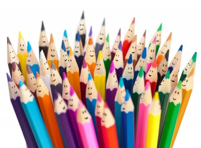 Fototapeta Kolorowe kredki jak uśmiechnięte twarze ludzi samodzielnie. Social networ