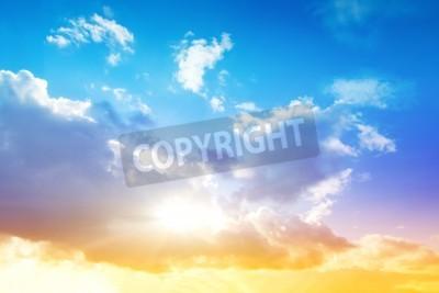 Fototapeta Kolorowe niebo i wschód słońca Naturalny krajobraz