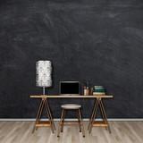 Szkic rysunek biurko z krzesłem i lampa na placu puste ramki