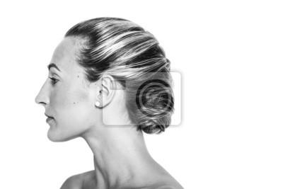 Fototapeta ładna Dziewczyna Z Fryzury Portret Profil Pleciony Czarny I Wh