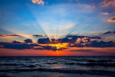 Fototapeta ładne niebo słońca nad morzem