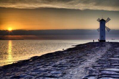 Fototapeta Latarnia wiatrak Stawa Młyny, Świnoujście, Morze Bałtyckie, Polska