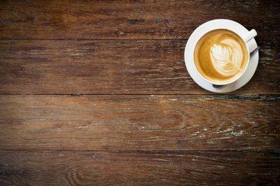 Fototapeta latte kawy na drewno z miejsca.