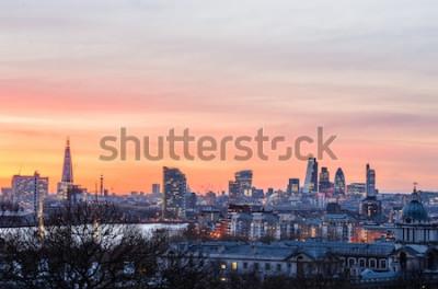Fototapeta Londyńska linia horyzontu przy zmierzchem, Anglia, Zjednoczone Królestwo