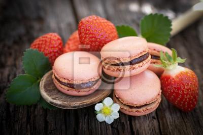 Fototapeta Macarons, Erdbeeren