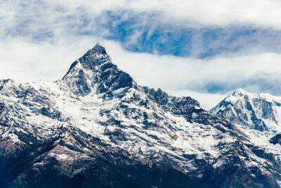 Fototapeta Machhapuchhre (Fish Tail) w regionie Annapurna, Nepal. Film zastosowano filtr emulacji.