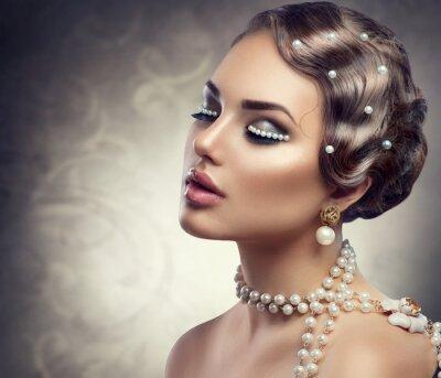 Fototapeta Makijaż w stylu retro z pereł. Portret piękne młoda kobieta