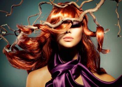 Fototapeta Model Portret Fashion kobieta z długimi włosami Red Curly