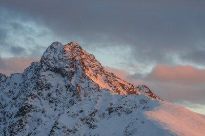 Fototapeta Mountain sunset panorama w zimie w Tatrach Wysokich - Świnica szczyt na polsko - słowackiej granicy