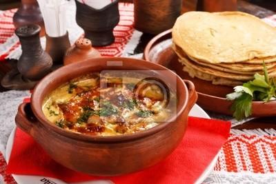 Fototapeta naleśniki z sosem ((krajowe białoruski żywności)