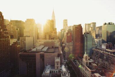 Fototapeta New York City Manhattan skyline zobaczyć w słońcu.
