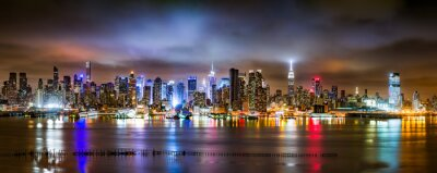 Fototapeta New York City Panorama mętne nocy widziana z New Jersey na rzece Hudson