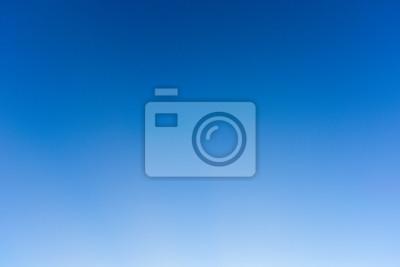 Fototapeta Niebieskie niebo i jasne, błękitne niebo chmura ma
