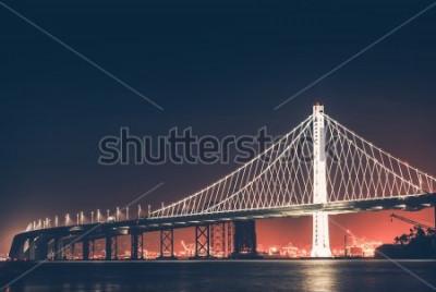 Fototapeta Oakland Bay Bridge w nocy. San Francisco - Oakland, Kalifornia, Stany Zjednoczone.