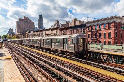 Fototapeta oberirdische metra na Manhattanie w Nowym Jorku