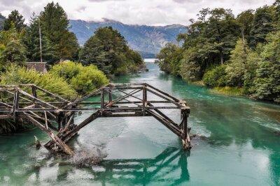 Fototapeta Opuszczony Bridge, Droga Siedmiu Jezior, Argentyna