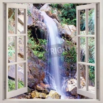 Fototapeta Otwórz okno widoku na małą kaskadę wodną