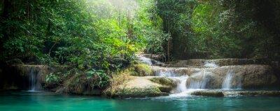 Fototapeta Panorama Erawan wodospad, piękny wodospad w lesie na Erawan Parku Narodowego - Piękny wodospad na rzece Kwai. Kanchanaburi, Tajlandia